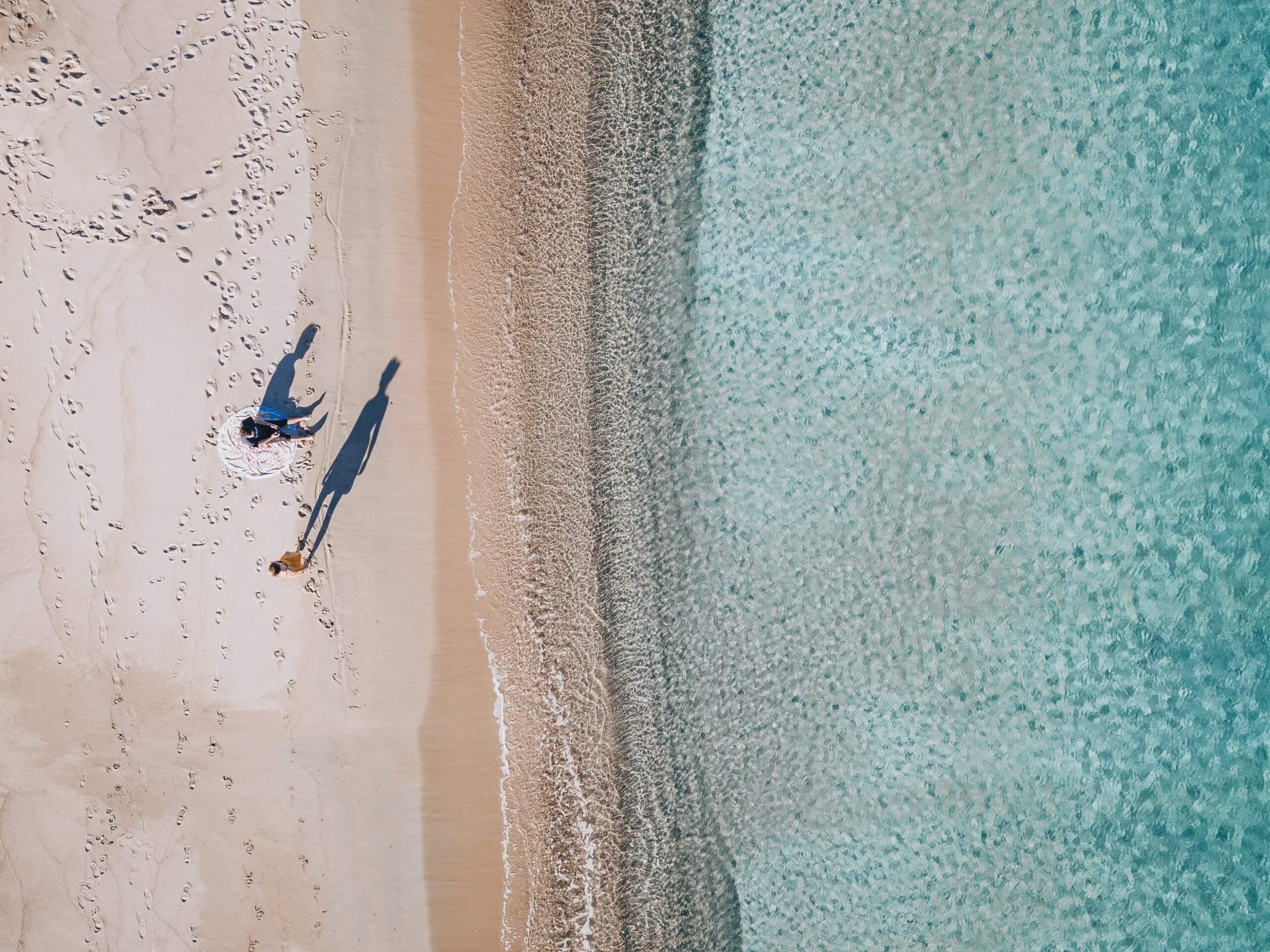 einer der größten Strände an der Costa Smeralda: die Spiaggia Liscia Ruia