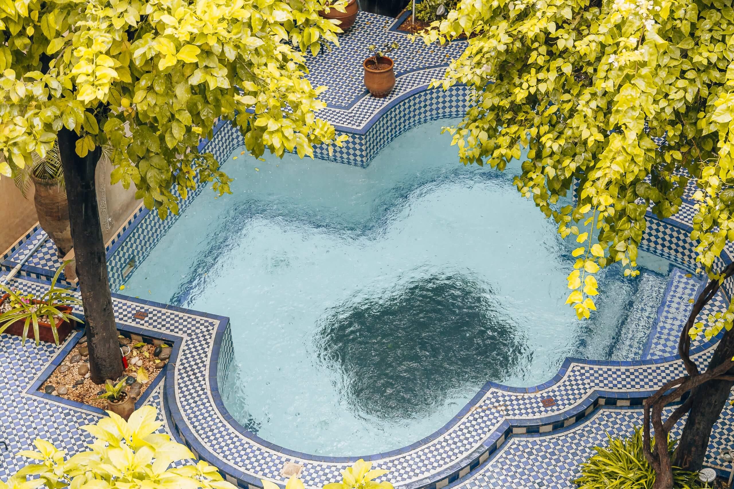 viele Riads verfügen über einen Pool