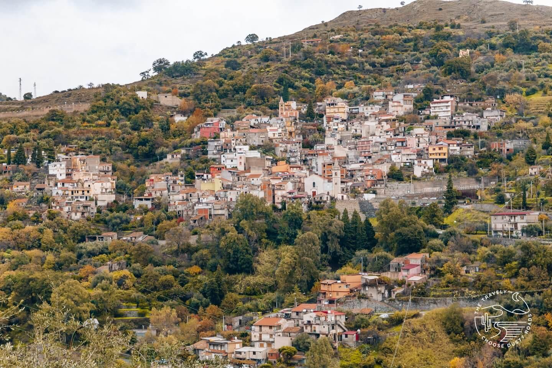 die verschlafenen Bergdörfer rund um Roccafiorita