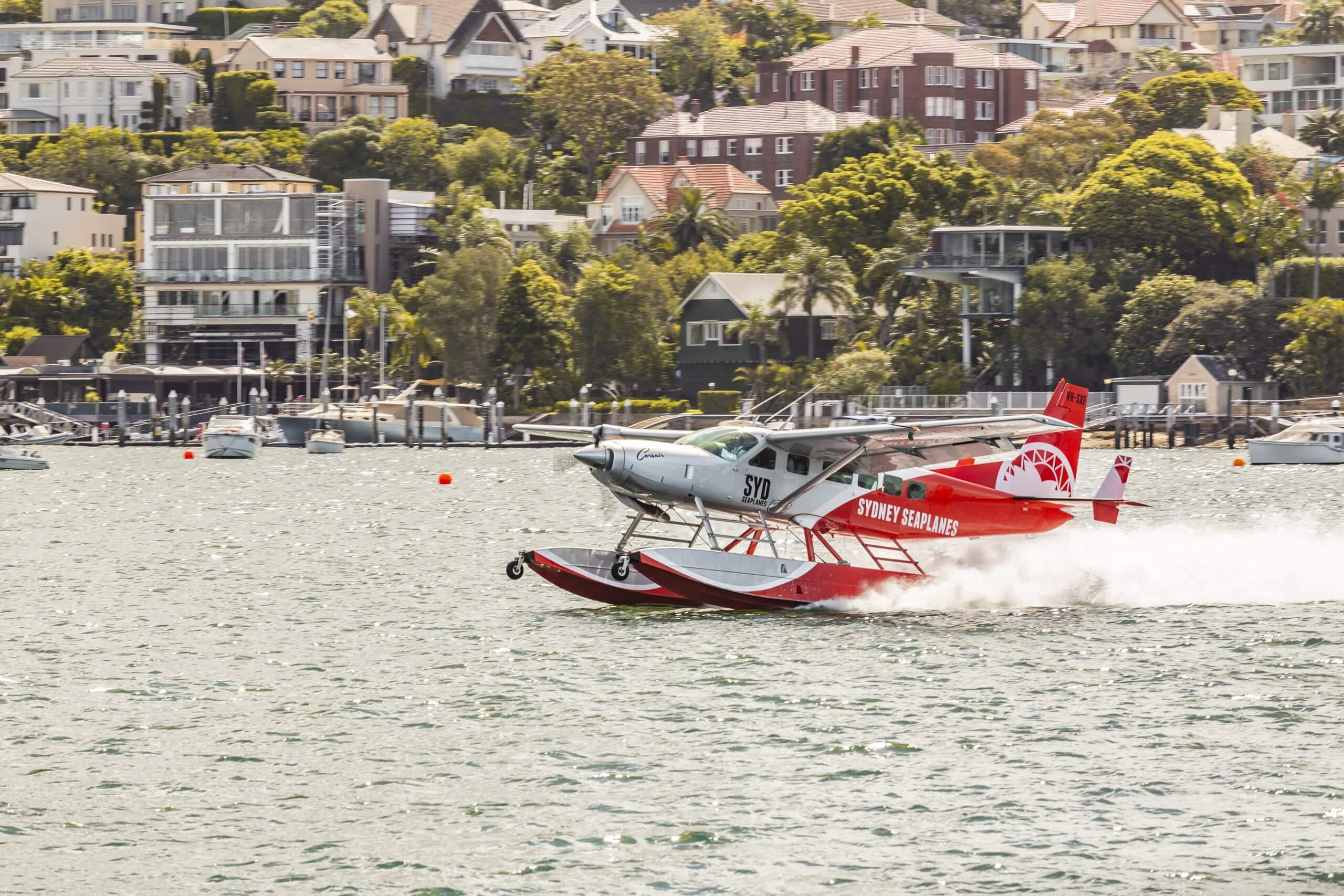 Wasserflugzeuge sind ein beliebtes Transportmittel